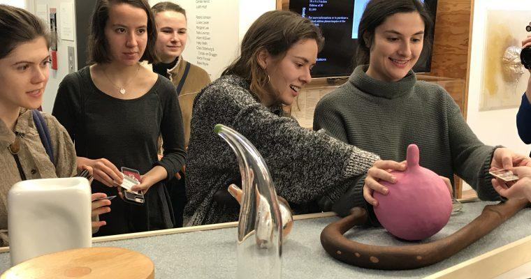Students visit the SculptureCenter with Professor Buhe
